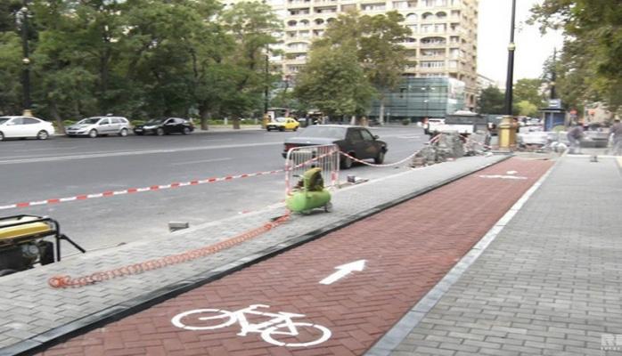 Bakı küçələrində velosiped yollarının hazırlanmasına başlanılıb