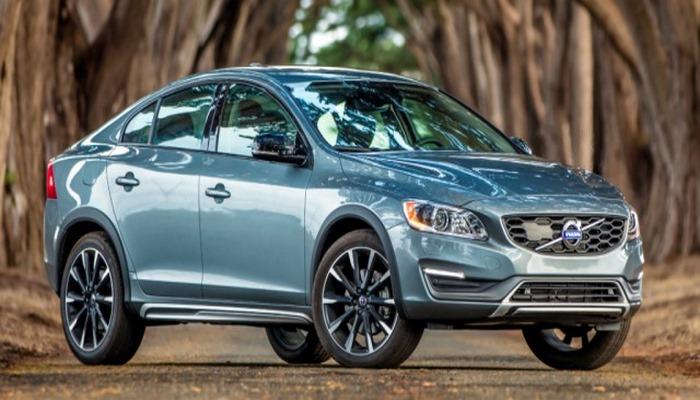 Volvo iki yeni modelini satışa çıxarıb