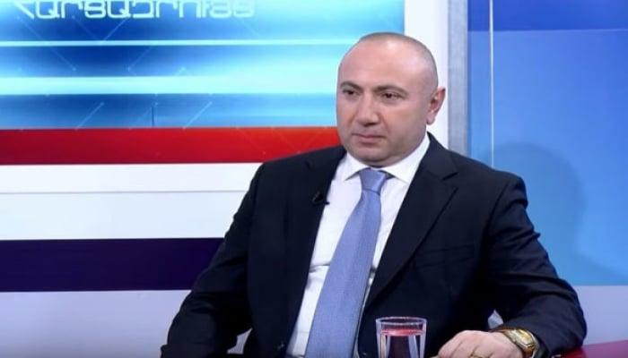 """Erməni politoloq: """"Əliyevin gülüşü müharibədə uduzan tərəfin biz olduğumuzu göstərdi"""""""