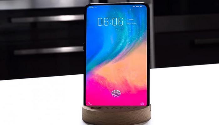 Смартфон Oppo с подэкранной камерой появится на рынке в 2020 году