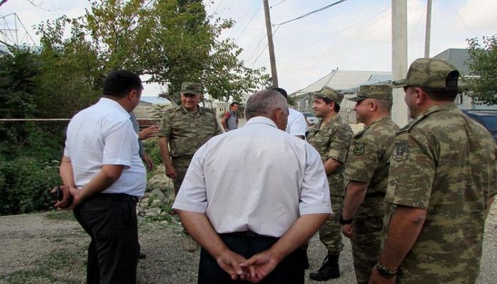 Хикмет Гаджиев и Керим Велиев посетили ряд воинских частей, дислоцированных на передовой линии
