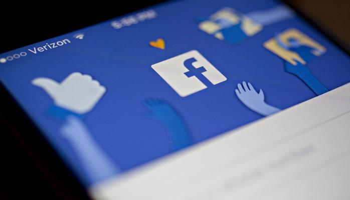 """""""Facebook"""" fərdi məlumatları sızdırdığına görə rekord məbləğdə cərimələnə bilər"""