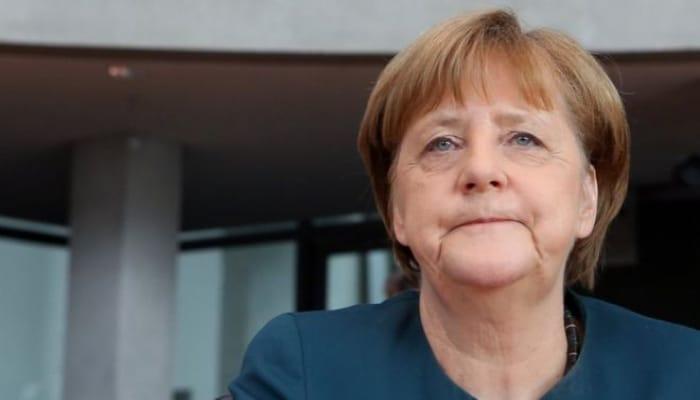 Merkeldən Pasxa xəbərdarlığı: Hələ tezdir...