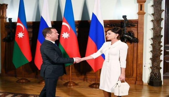 Azərbaycanın Birinci vitse-prezidenti Mehriban Əliyeva Dmitri Medvedevlə görüşüb