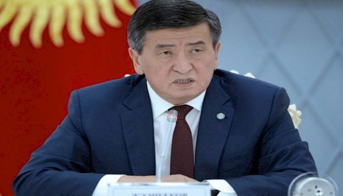 Президент Кыргызстана  отправился с официальным визитом в Азербайджан