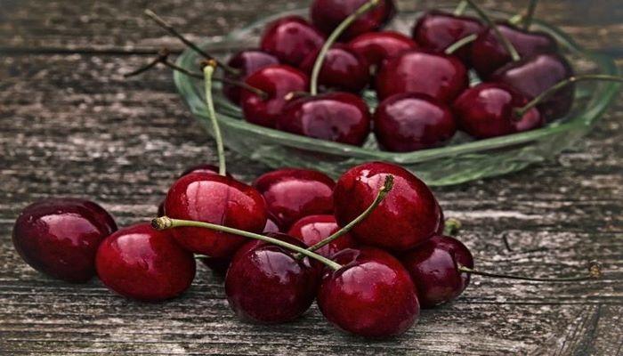 Ученые назвали ягоду, которая защищает от рака