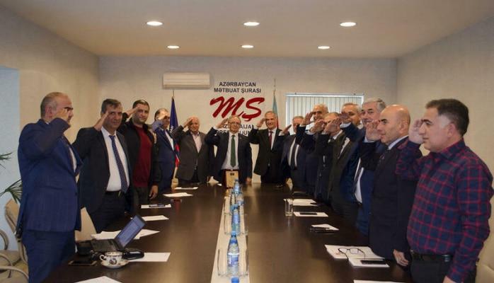 Media kapitanlarından Türkiyəyə əsgər salamı
