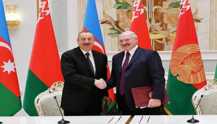 Aleksandr Lukaşenko Prezident İlham Əliyevi təbrik edib