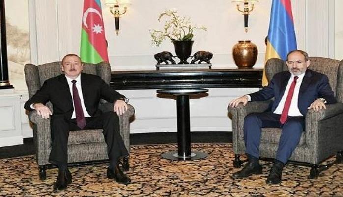 İlham Əliyev Paşinyanla görüşdü: Qarabağ müzakirəsi...