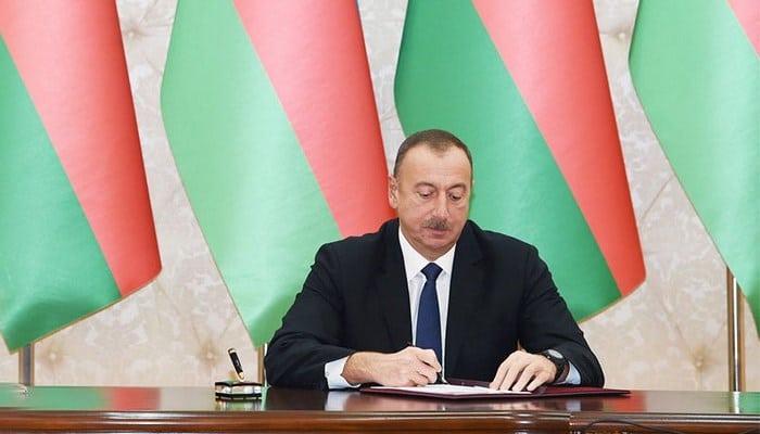 İlham Əliyev 3 generalı istefaya göndərdi