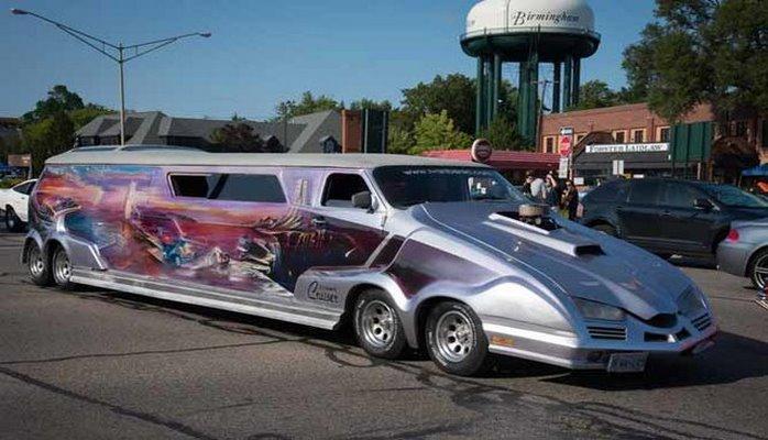 Невероятный тюнинг: фургон Chevrolet превратили в дом-галерею