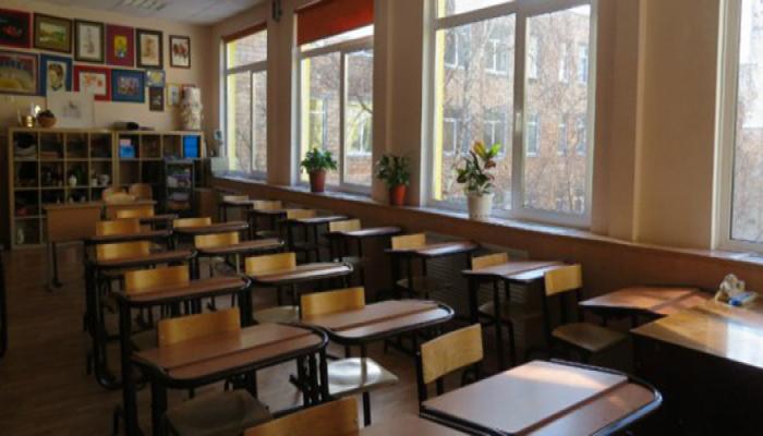 Сотрудники общеобразовательных учреждений Азербайджана будут работать по графикам, составленным директорами