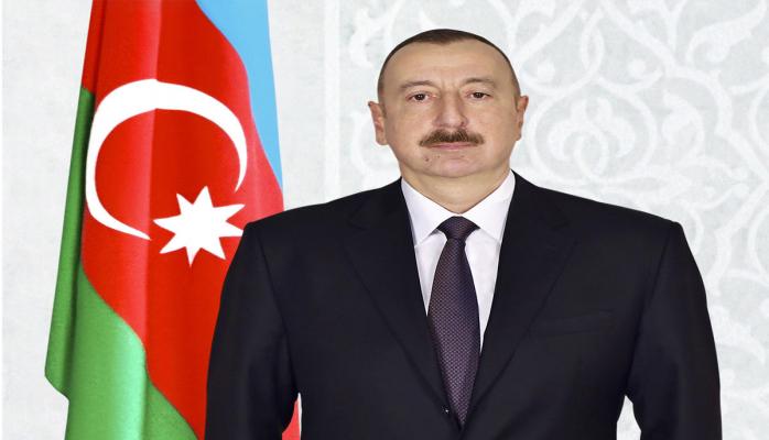 Президент Ильхам Алиев поздравил главу Латвии