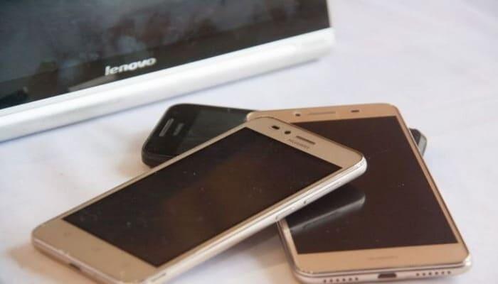 Эксперты составили топ-5 лучших недорогих смартфонов китайского производства