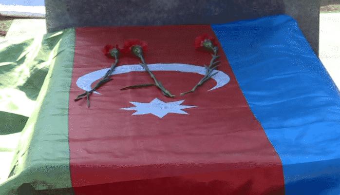Şəhid Rəşad Atakişiyevin məzarı üzərindən məktub tapıldı