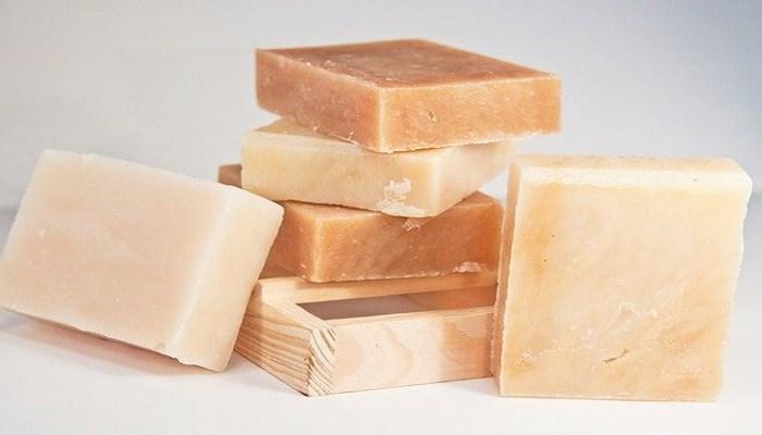 Kükürtlü Sabunun Cilt Saç İçin 6 Faydası