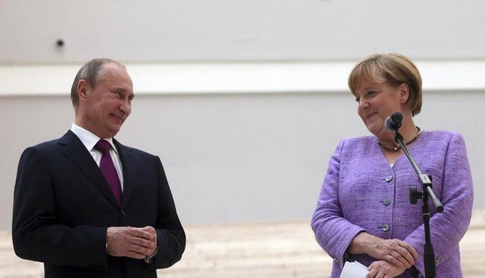 Putin-Merkel görüşü başladı