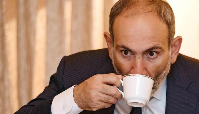 """Paşinyan yalnız """"güc dilini"""" qanır – Politoloq"""