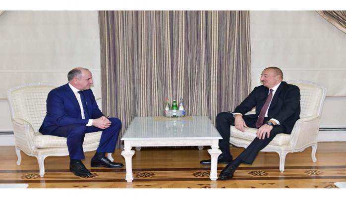 Президент Ильхам Алиев принял делегацию под руководством главы Карачаево-Черкесской республики