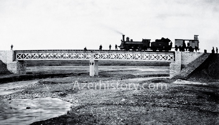 1880-1913: Железные дороги выводят промышленность Баку на рынок Европы
