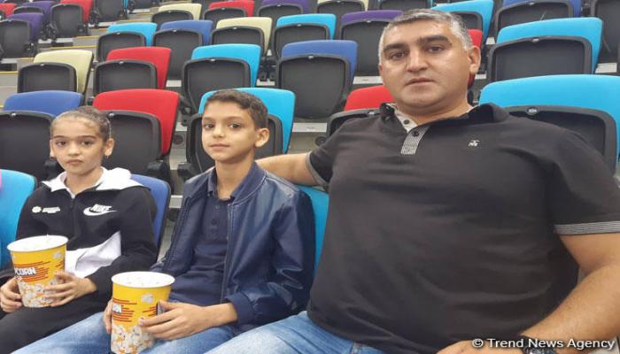 Azərbaycan gimnastlarına azarkeşlik edirəm - Tamaşaçı