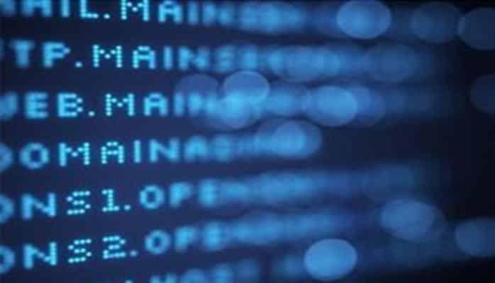 """""""iPhone"""" və """"iPad"""" qurğularına hücum edən yeni virus aşkarlanıb"""