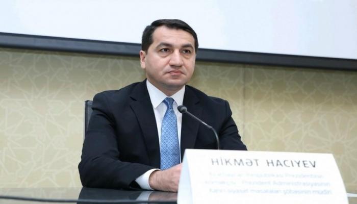 """Hikmət Hacıyev: """"Azərbaycan Ordusu rəşadətli döyüşlərini davam etdirir"""""""
