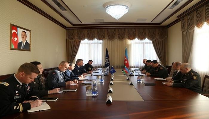 Наджмеддин Садыков встретился с американским командующим