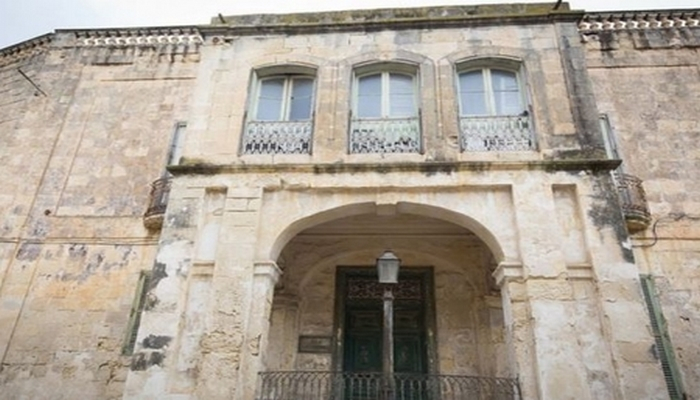 Kraliçanın villası 6 milyon avroya satılır