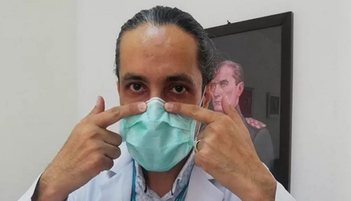 Göz Hastalıkları Uzmanı Doç. Dr. Özge: Telli maske göz kuruluğunu engeller