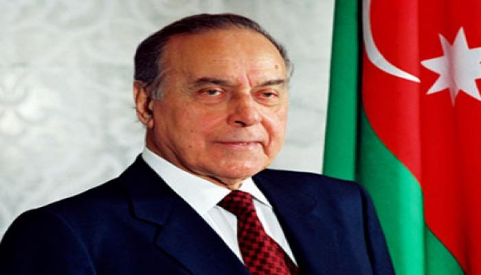 В Азербайджане отмечают День национального спасения