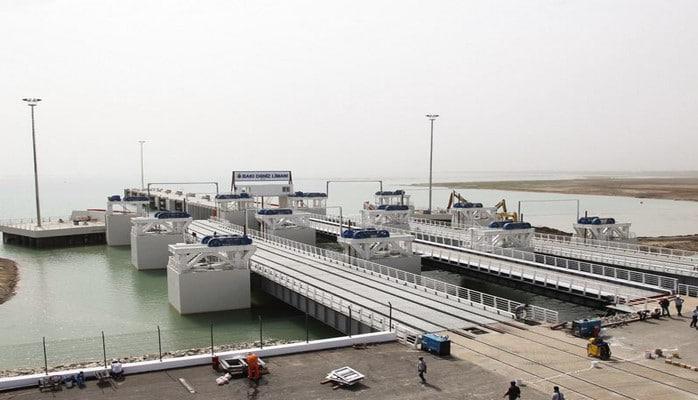 Bakı Limanının köçürülməsinə başlanılıb