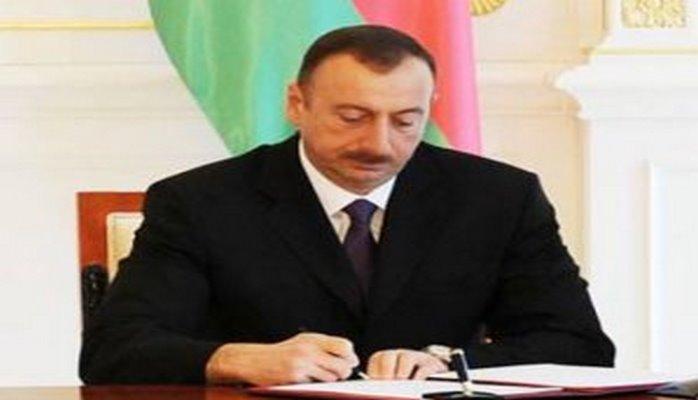Əbülfəs Qarayev bütün kitabxanaları itirdi