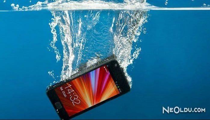 Suya Düşen Telefon Nasıl Kurtulur?