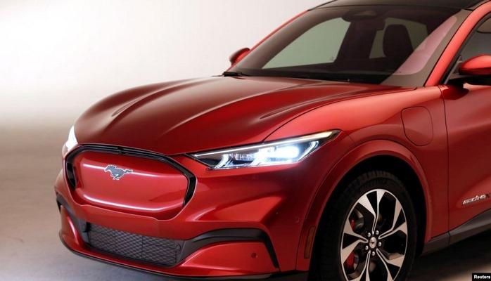 Elektrikli yeni Ford Mustang