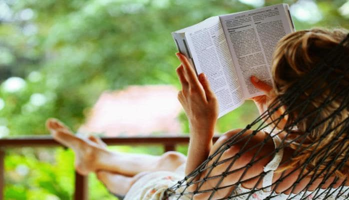 Ученые измерили уровень счастья людей по книгам и газетам