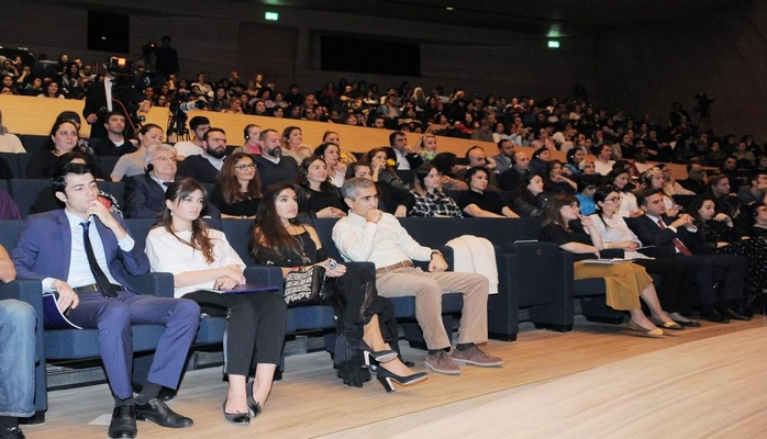 Vice-president of Heydar Aliyev Foundation Leyla Aliyeva attends lecture of recognized Indian yogi and mystic Sadhguru
