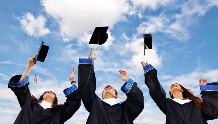 Akademik uğurlar, təhsil  yoldaşlarжтdan asılıdır