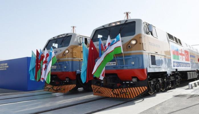 BTQ dəmir yolu vasitəsilə Rusiyadan göndərilən polad lövhələrinin nəqlinə başlanılıb