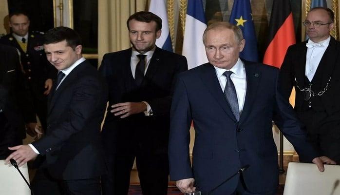 Putinlə Zelenski arasında görüş başa çatıb