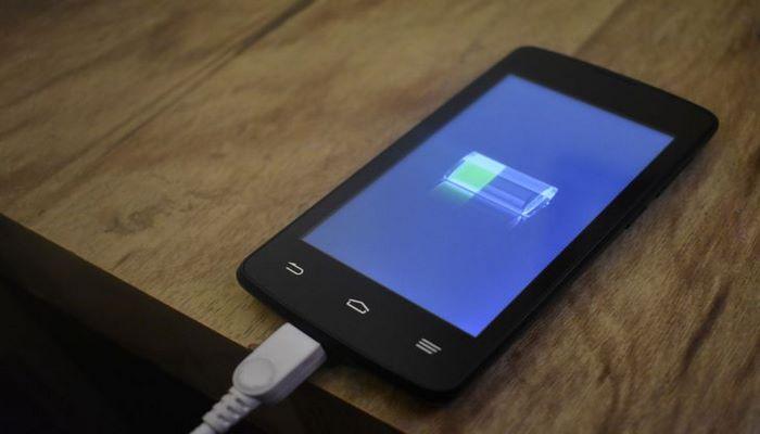 Составлен топ-10 смартфонов с самой быстрой зарядкой