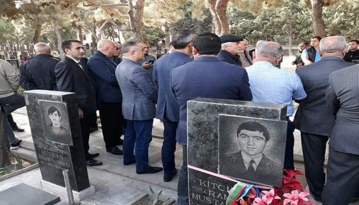 Azərbaycan Respublikasının ərazi bütövlüyü uğrunda şəhid olmuş Natiq Babayev və Namiq Abdullayev Şəhidlər xiyabanında anıldı