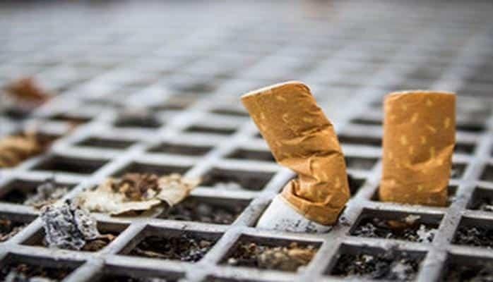 За разбрасывание окурков и пачек из-под сигарет предусмотрен штраф в размере 50 манатов