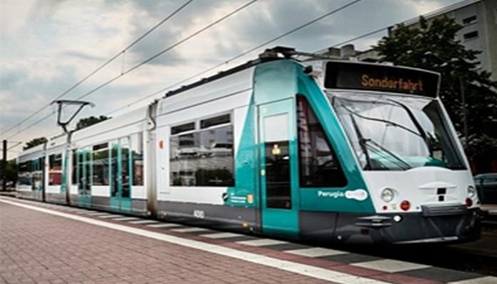 Dünyada ilk sürücüsüz tramvay nümayiş etdirilib