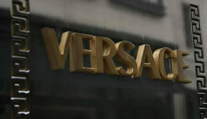 """""""Versace"""" moda evi 2 milyard dollara satıla bilər"""