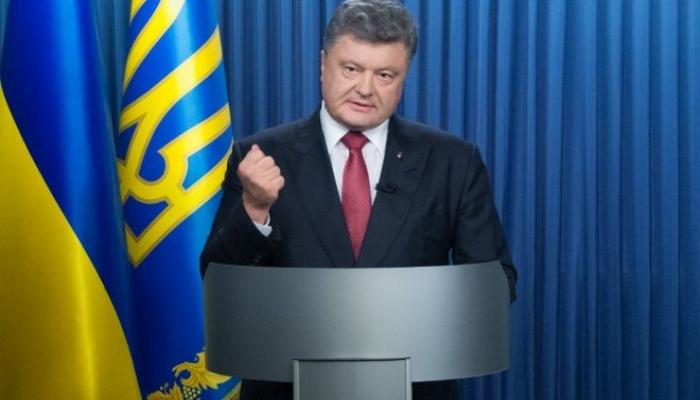 Poroşenko: O, Putindən əvvəl mənimlə görüşdü