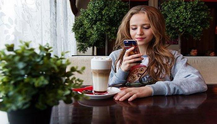 Ученые опровергли влияние смартфонов на психику подростков