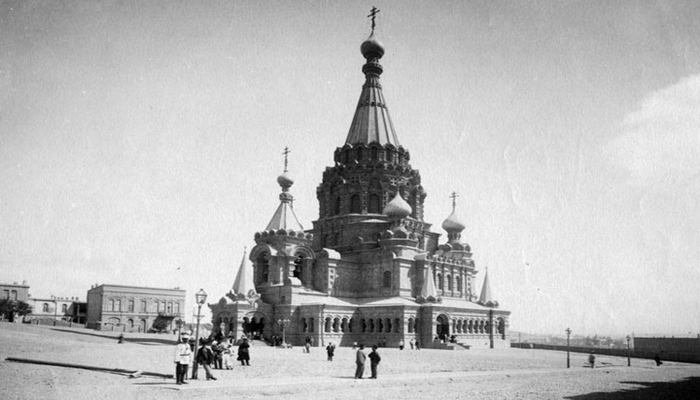 Бакинские храмы: от зороастризма до бахаизма
