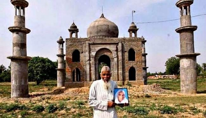 Indian man who built 'Mini Taj Mahal' for wife dies in road accident