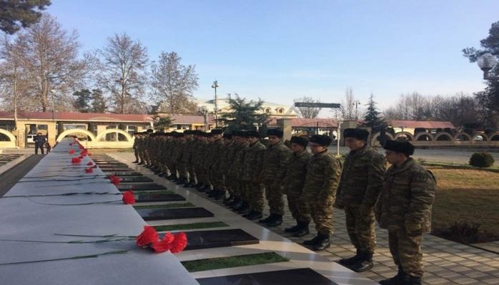Azərbaycan Ordusunda 20 Yanvar şəhidlərinin xatirəsi anılıb